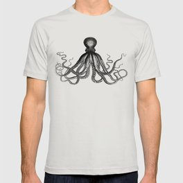 Octopus | Vintage Octopus | Tentacles | Black and White | T-shirt