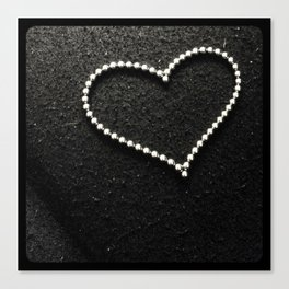 Buckyball heart. Canvas Print