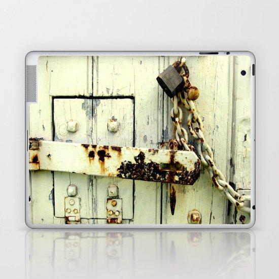 Latched Laptop & iPad Skin