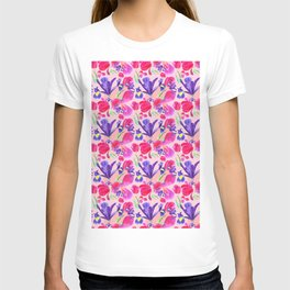 flowers irises and tulips pattern on a pink background T-shirt