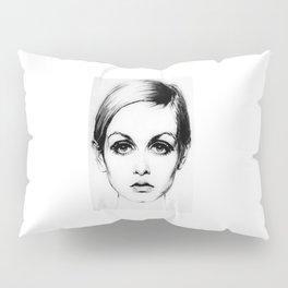 60's Eyelashes Pillow Sham