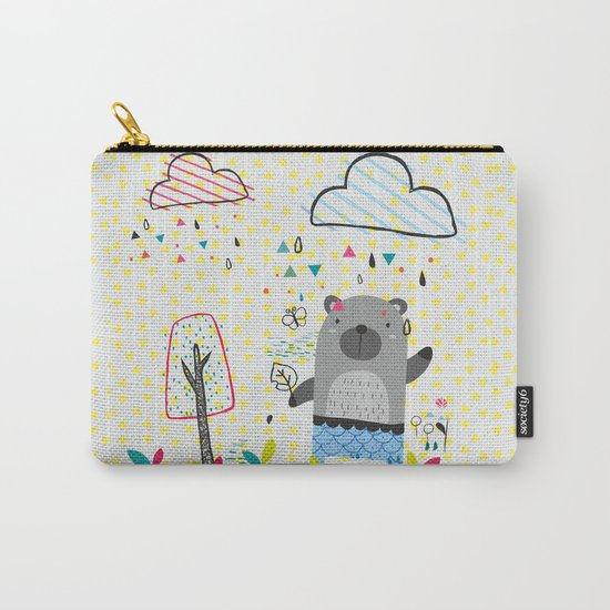 THE BEAR IN THE RAIN Carry-All Pouch
