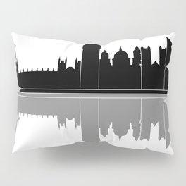 London skyline Pillow Sham