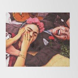 Frida y Chavela Throw Blanket