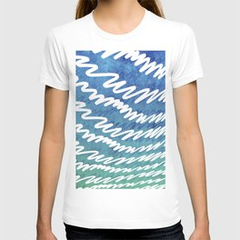 Irregular white lines on blue and green gradient background T-shirt