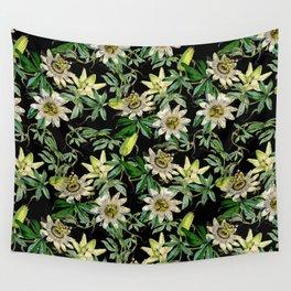 Vintage & Shabby Chic- Retro Passiflora Caerulea Pattern Wall Tapestry