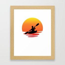 Kayak retro sunsit Framed Art Print