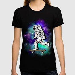 Space Skating Astronaut Skateboard Skater tee t-shirt T-shirt