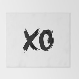 XO Hugs and Kisses black and white xoxo gift for her girlfriend bedroom art and home room wall decor Throw Blanket