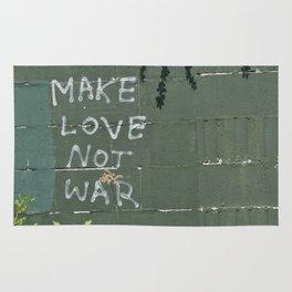 Make love not war Rug