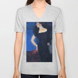 """Gustav Klimt """"Portrait of Rose von Rosthorn-Friedmann"""" Unisex V-Neck"""