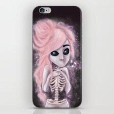 aliena skeleton iPhone & iPod Skin