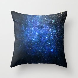 Twinkling blizzard Throw Pillow