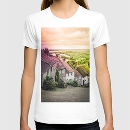 Down a quiet road in Gold Hill, Shaftesbury T-shirt