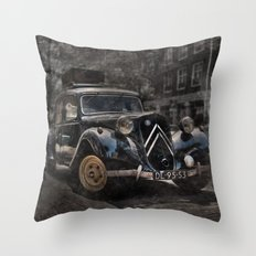 Ready for the trip Throw Pillow