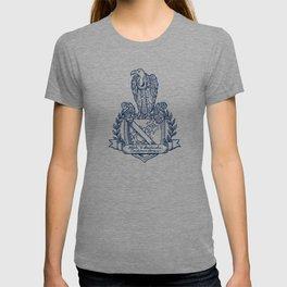 Nolite Te Bastardes Carborundorum_Crest T-shirt