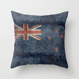 New Zealand Flag - Grungy retro style Throw Pillow