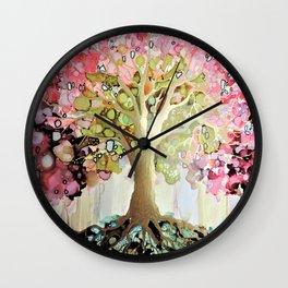 entrez dans la lumiere Wall Clock
