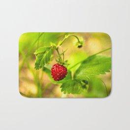 Wild strawberry Bath Mat