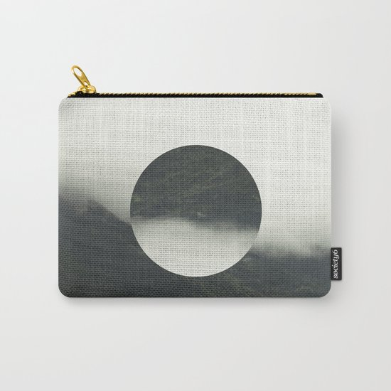 HOLLOW NATURE Carry-All Pouch