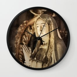 Pearls of Light Wall Clock