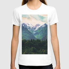 Escaping from woodland heights I T-shirt