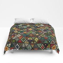 sun bear geo dark Comforters