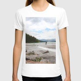 Lake Louise beach and rocks T-shirt