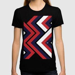 CLASSICO II #minimal #retro #vintage #art #design #kirovair #buyart #decor #home T-shirt
