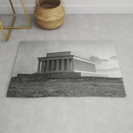 Construction of The Lincoln Memorial (1920) Rug