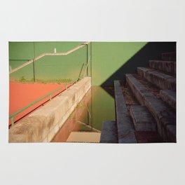 Distorsion Tennis Rug