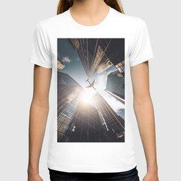 tall skyscraper in manhattan T-shirt