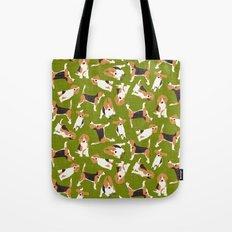 beagle scatter green Tote Bag