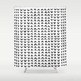 Media luna Shower Curtain