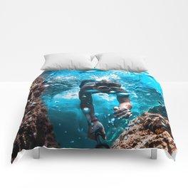 Diving in Spain Comforters