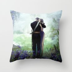 In your arms Throw Pillow