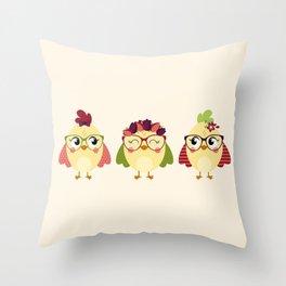 Triplettes poussines Throw Pillow