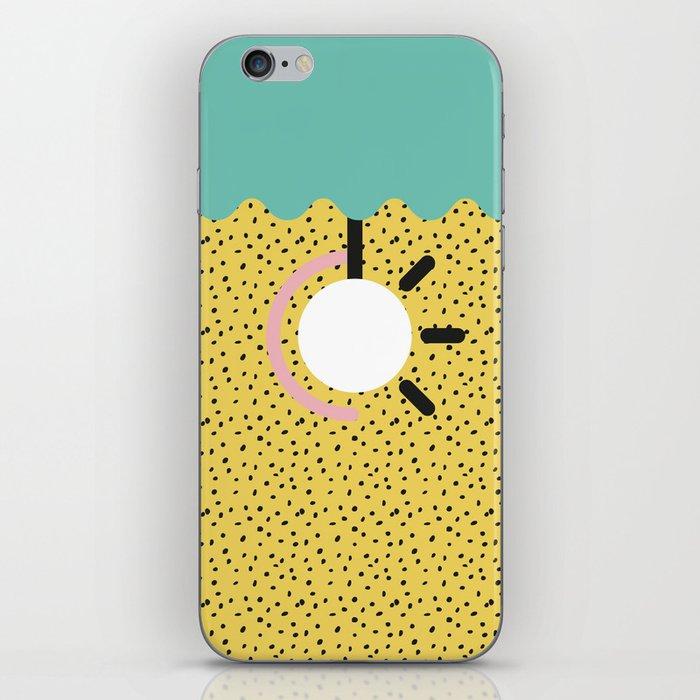 Memphis Style N°3 iPhone Skin