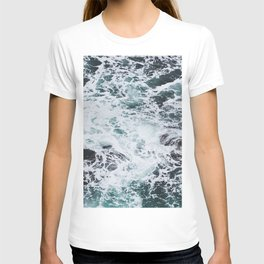 OCEAN - ROCKS - FOAM - SEA - PHOTOGRAPHY - NATURE T-shirt