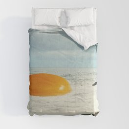 Beach Egg - Sunny side up Comforters