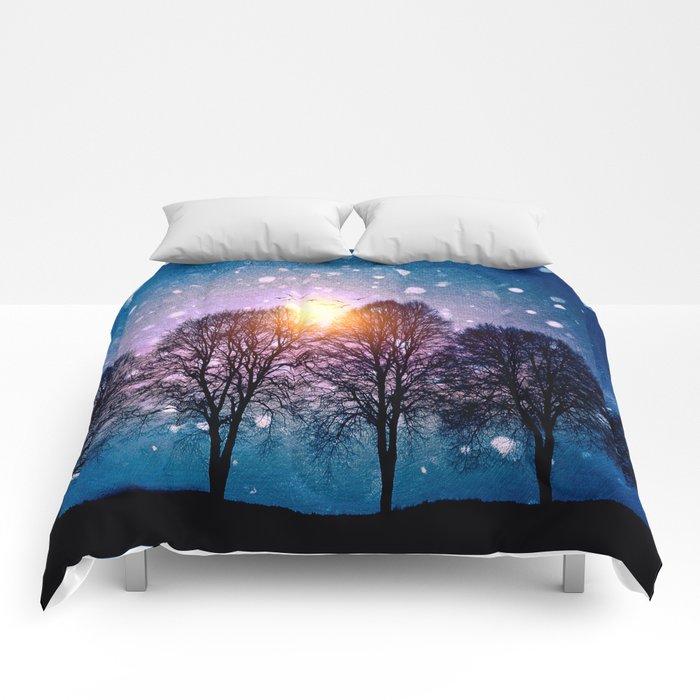 Sounds of winter - HOLIDAZE Comforters