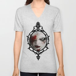 Queen of nothing Unisex V-Neck