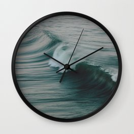 She rushes in Wall Clock