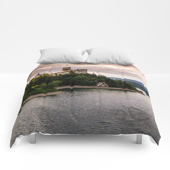 Dunajec Castle In Niedzica Comforters