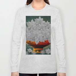 WHITE POINSETTIAS IN A BOWL Long Sleeve T-shirt