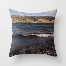 Lake Dunstan Throw Pillow