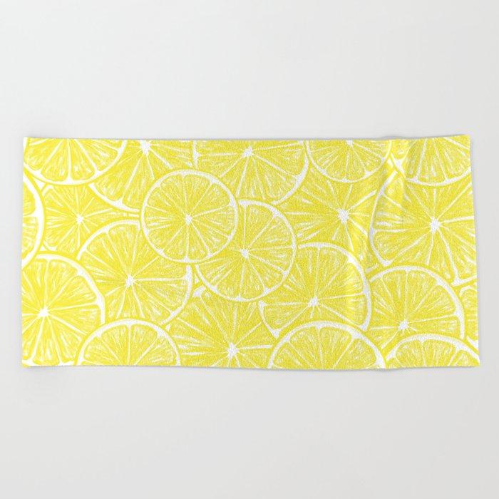 Lemon slices pattern design Beach Towel