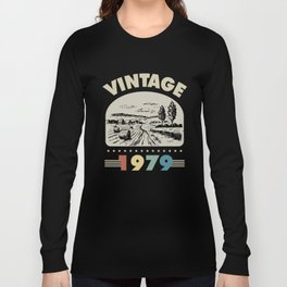 Birthday Gift Vintage 1979 Classic Long Sleeve T-shirt