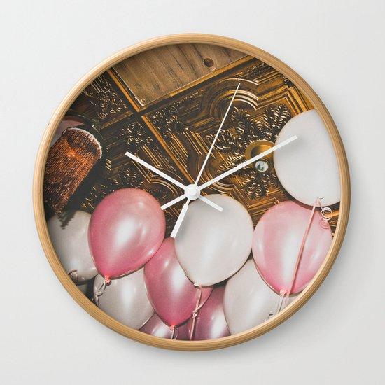high Wall Clock