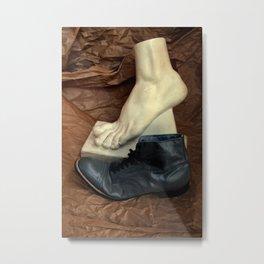 Crinkle Toes Metal Print
